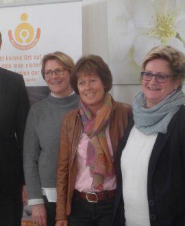 Der neue Vorstand freut sich auf die kommenden Aufgaben. Von links nach rechts: Dr. Martin Horchler, Andrea Hesse, Angelika Steinhoff, Ulrike Moritz, Birgit Kremer