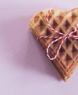 Valentinstag-Waffeln-Brandteig-Herz-backen-Liebe-Igel-Hase-backen-Blog-Backblog-Himbeerkunst-05